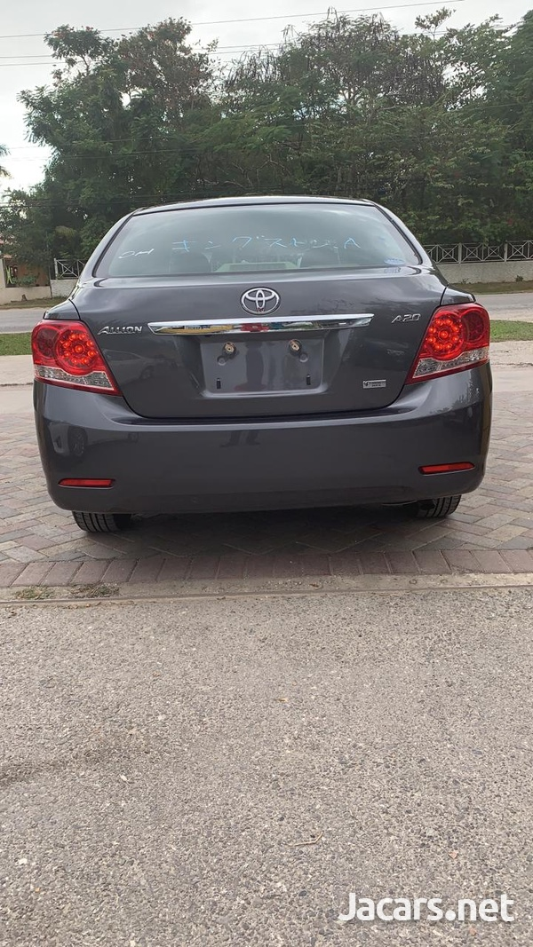 Toyota Allion 2,0L 2013-5