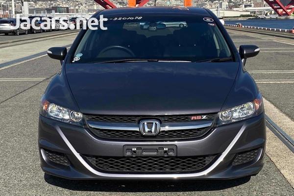 Honda Stream 2,0L 2013-6