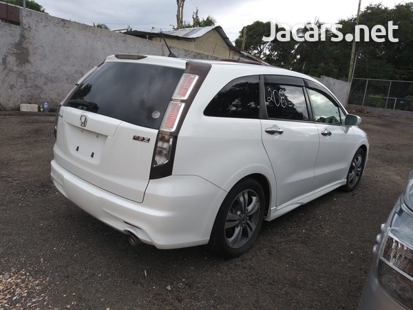 Honda Stream 1,8L 2013-5
