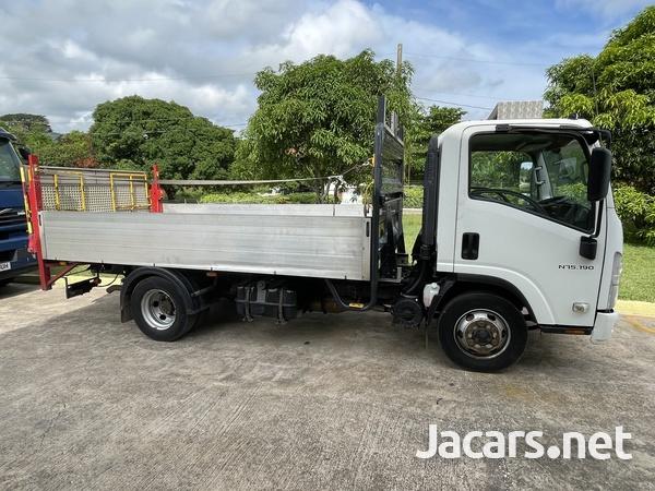 2013 Isuzu forward Truck-12