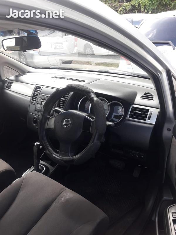 Nissan Tiida 1,8L 2008-5