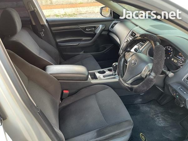 Nissan Teana 2,0L 2014-6