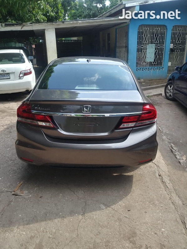 Honda Civic 1,8L 2015-8