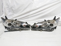 Toyota Wish Right and Left Headlight set