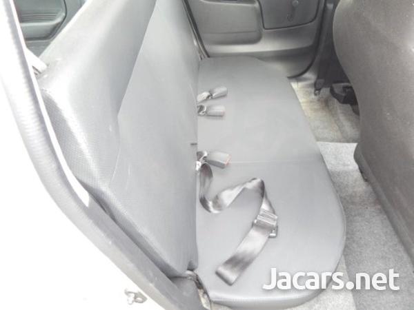 Toyota Succeed 1,5L 2015-6