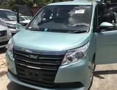 Toyota Noah 1,9L 2014