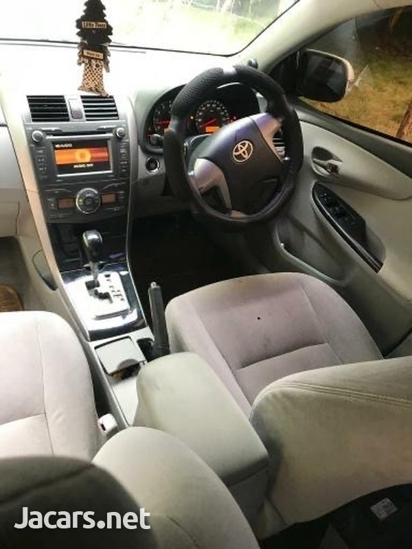 Toyota Axio 1,8L 2008-5