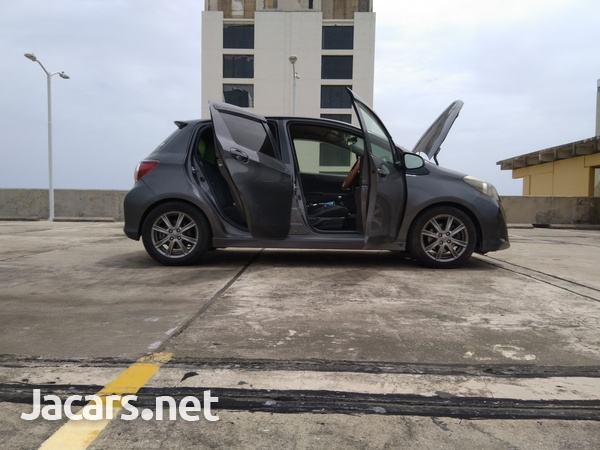 Toyota Vitz 1,5L 2011-5