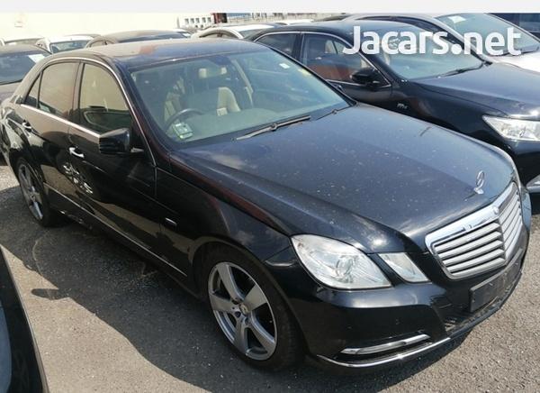 Mercedes-Benz E-Class 2,0L 2012-1