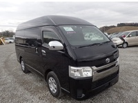 Toyota Hiace Van 3.0 2017