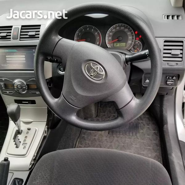 Toyota Fielder 1,4L 2012-3