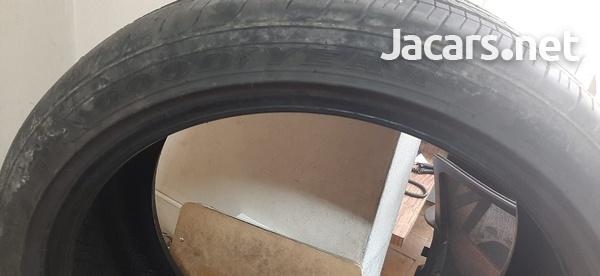 235/40/19 Goodyear Tire-1