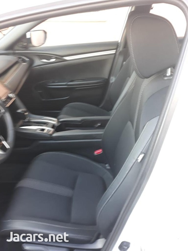 Honda Civic 2,5L 2019-5
