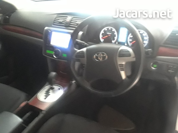 Toyota Premio 1,5L 2012-3