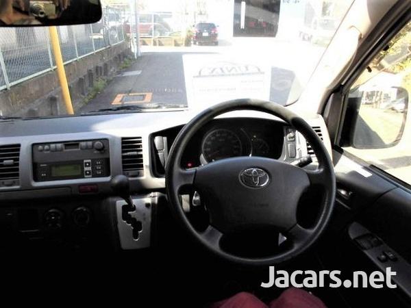 2014 Freezer Hiace Bus-3