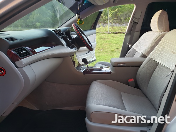 Toyota Crown 3,5L 2012-8