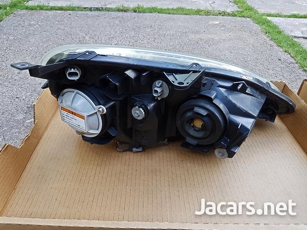 2001-2004 Honda Integra Type R - DC5 Headlights-3