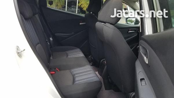 Mazda Demio 1,5L 2015-7