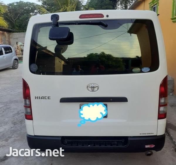 Toyota Hiace 2,0L 2012-4