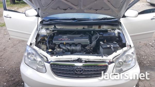 Toyota Corolla Altis 5,1L 2004-2