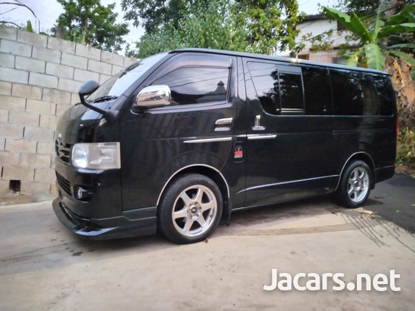 Toyota Hiace 2,5L 2009-4