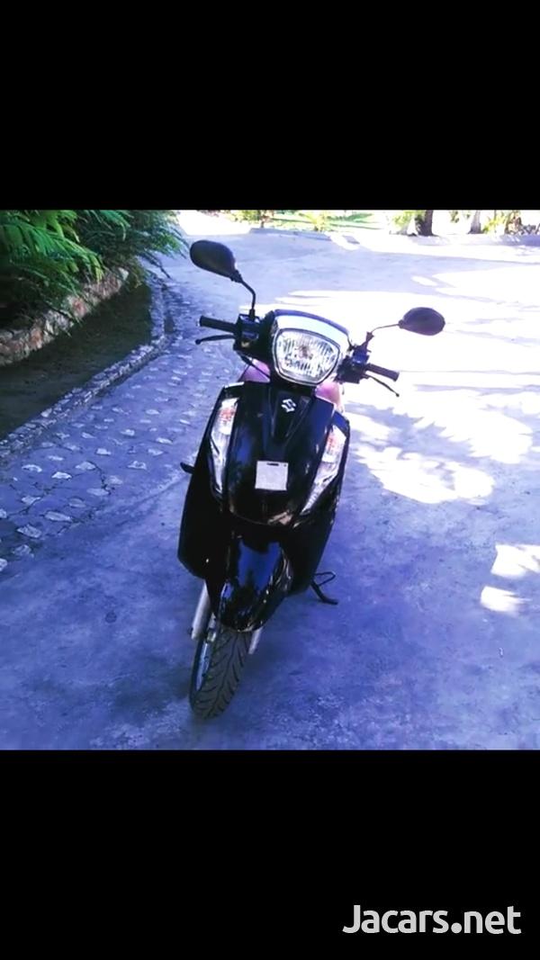 Suzuki Access 125 Scooter 2016-4