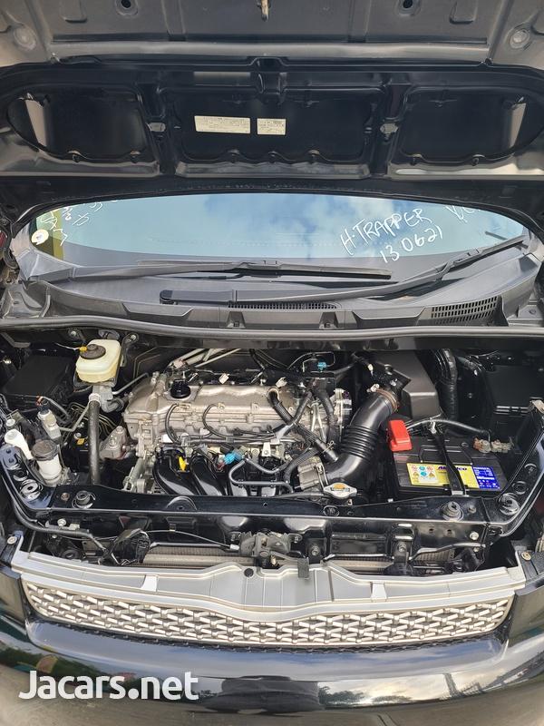 Toyota Voxy 2,0L 2012-15