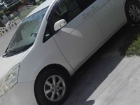 Toyota Isis 1,9L 2009