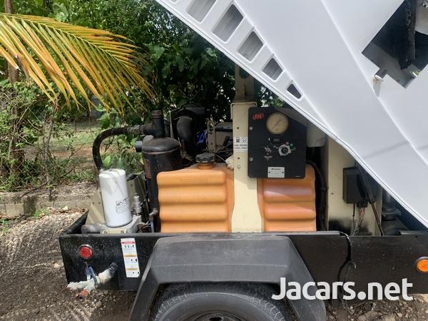 2006 John Deere compressor-1