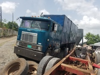 1987 International Cabover Box Truck