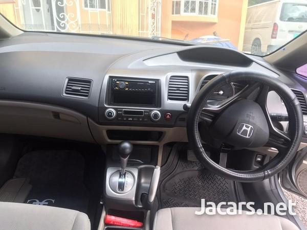 Honda Civic 1,3L 2010-4