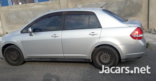 Nissan Tiida 1,5L 2008-1