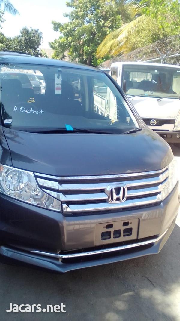 Honda Step wagon 2,0L 2014-1
