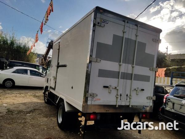 2007 Isuzu Box Body Refrigerated Truck-4