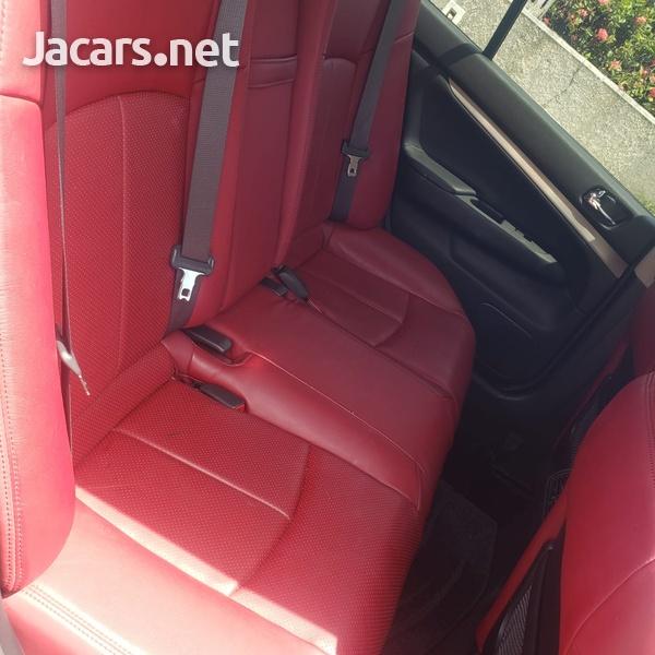 Nissan Skyline 2,5L 2012-8