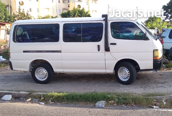 Toyota Hiace Bus 2,0L 1998-1