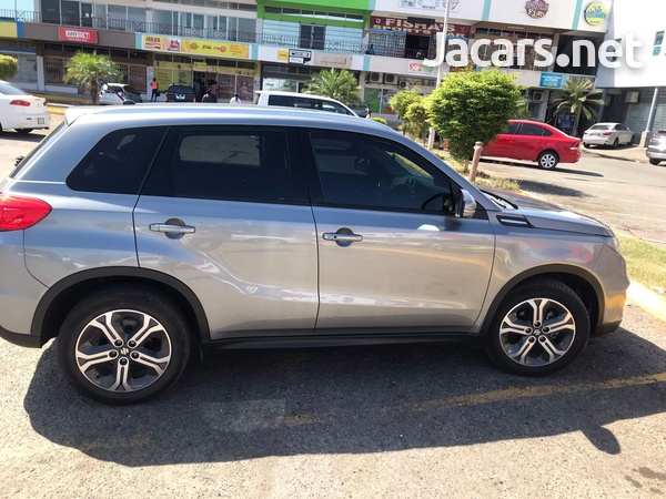 Suzuki Vitara 1,5L 2019-6