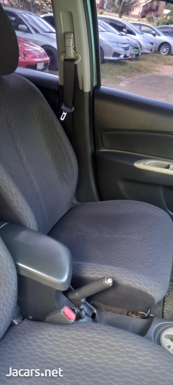 Toyota Yaris 1,5L 2010-12