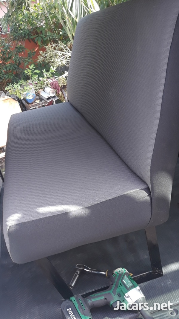 BUS SEATS WITH COMFORT AND STYLE.LOOK NO FURTHER.CONTACT THE EXPERTS 8762921460-13