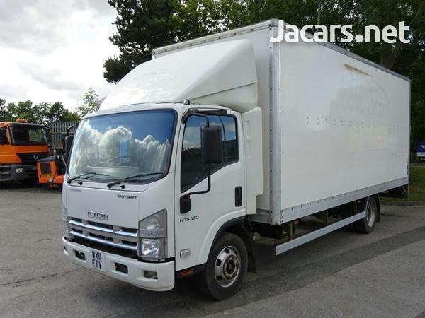 2012 Isuzu Box Truck 7.5T-2