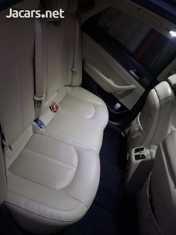 Hyundai Sonata 2,0L 2015-4