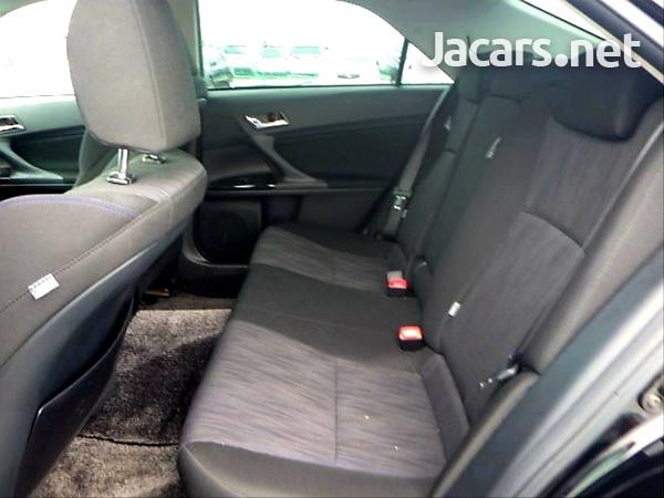 Toyota Mark X 2,5L 2013-11