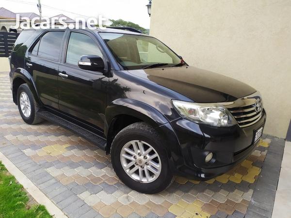 Toyota Fortuner 2,7L 2013-1