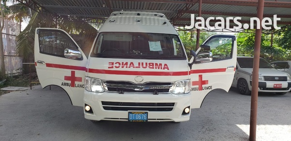 Toyota ambulance-7