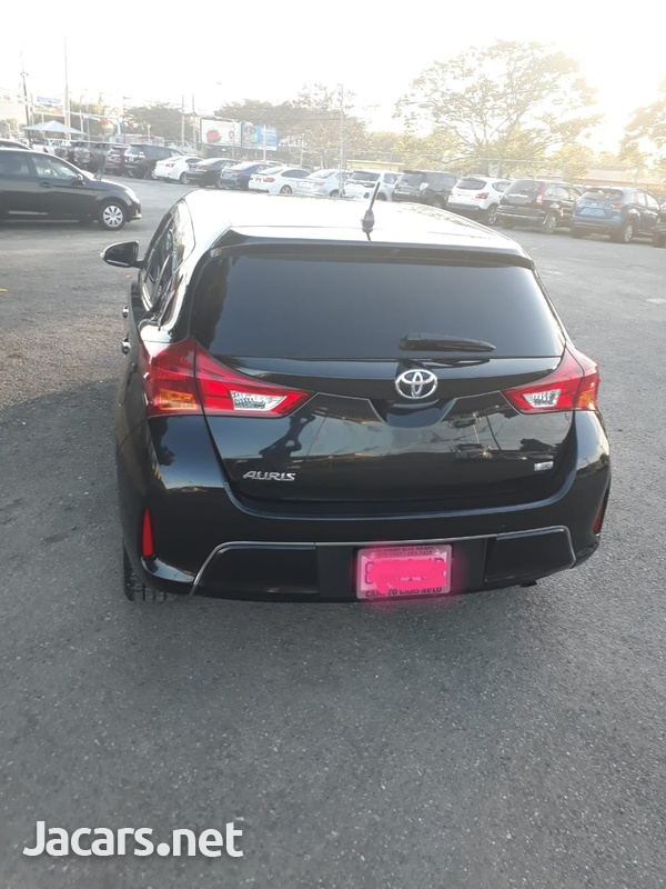 Toyota AURIS 1,8L 2013-2