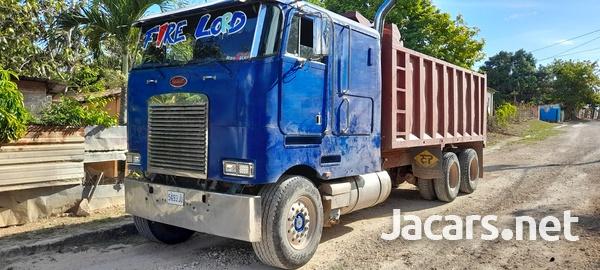 1999 Peterbilt Truck-3
