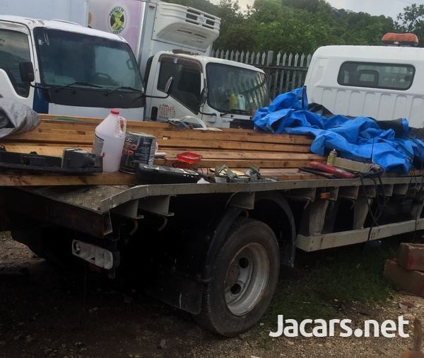 2009 Mitsubishi Canter FlatBed Truck-3