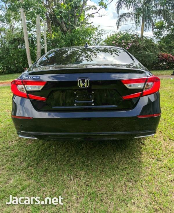 Honda Accord 1,5L 2019-5