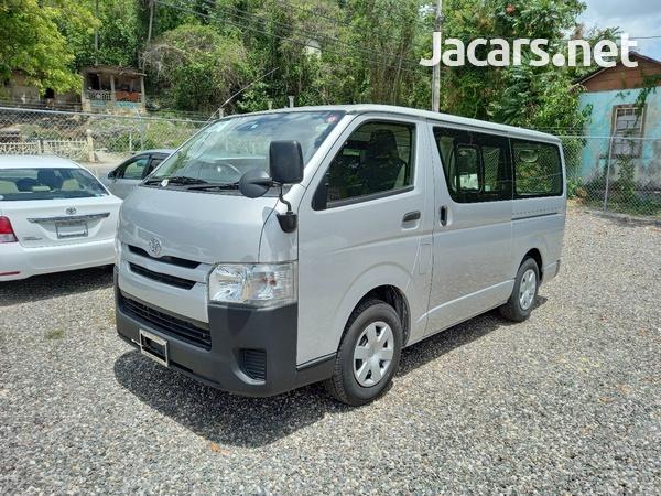 2017 Toyota Hiace Mini Van-3