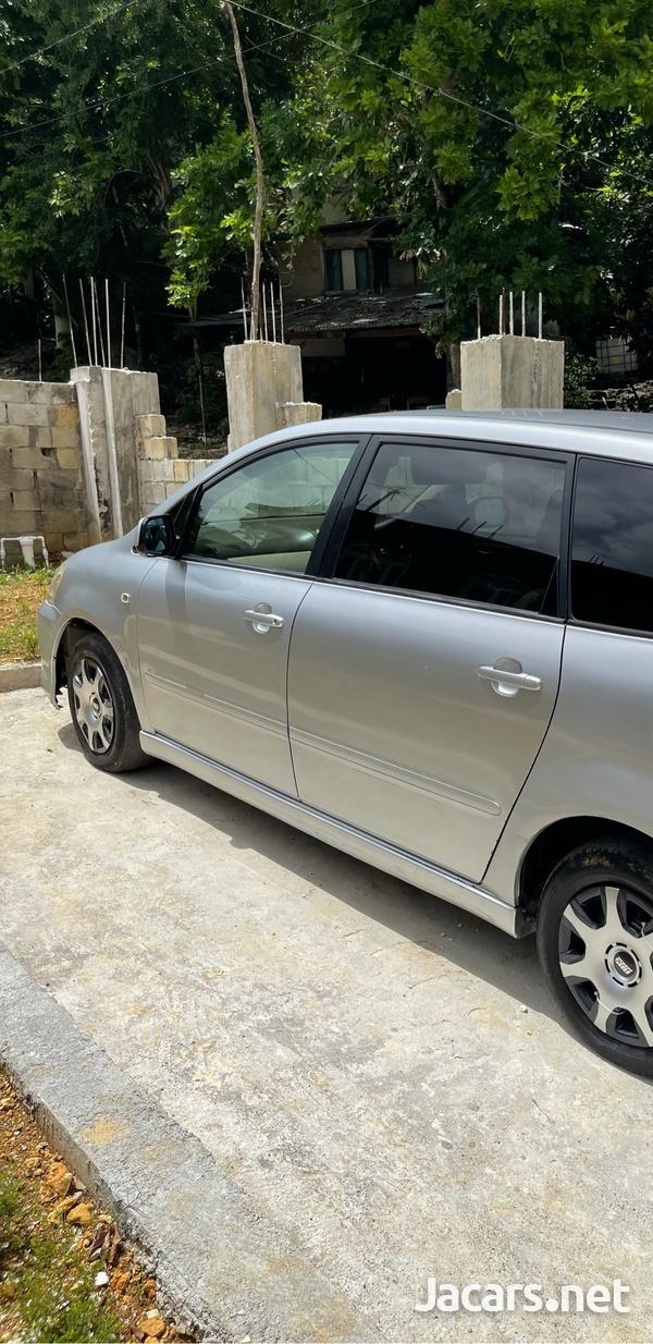 Toyota Ipsum 2,4L 2006-10